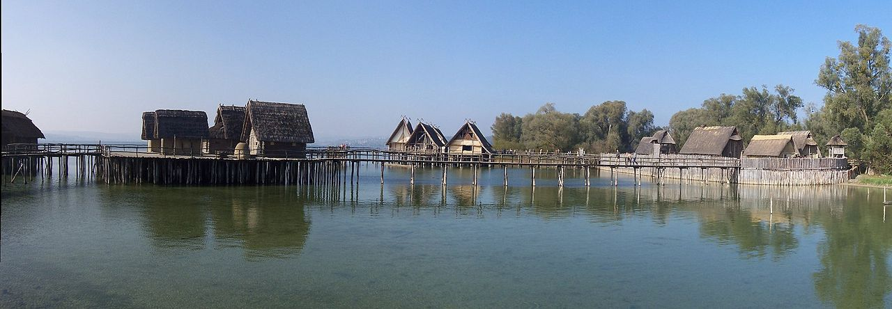 Reconstruction of Bronze Age stilt houses on Lake Constance
