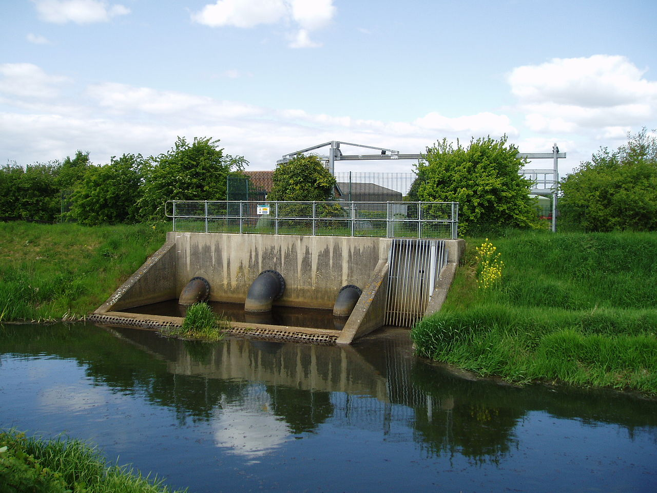 The outlet from Candy Farm North pumping station into the River Torne, South Yorkshire